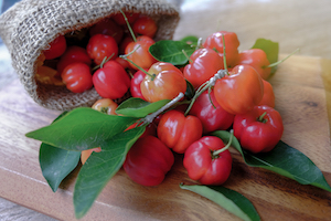 Images Of Acerola Cherries